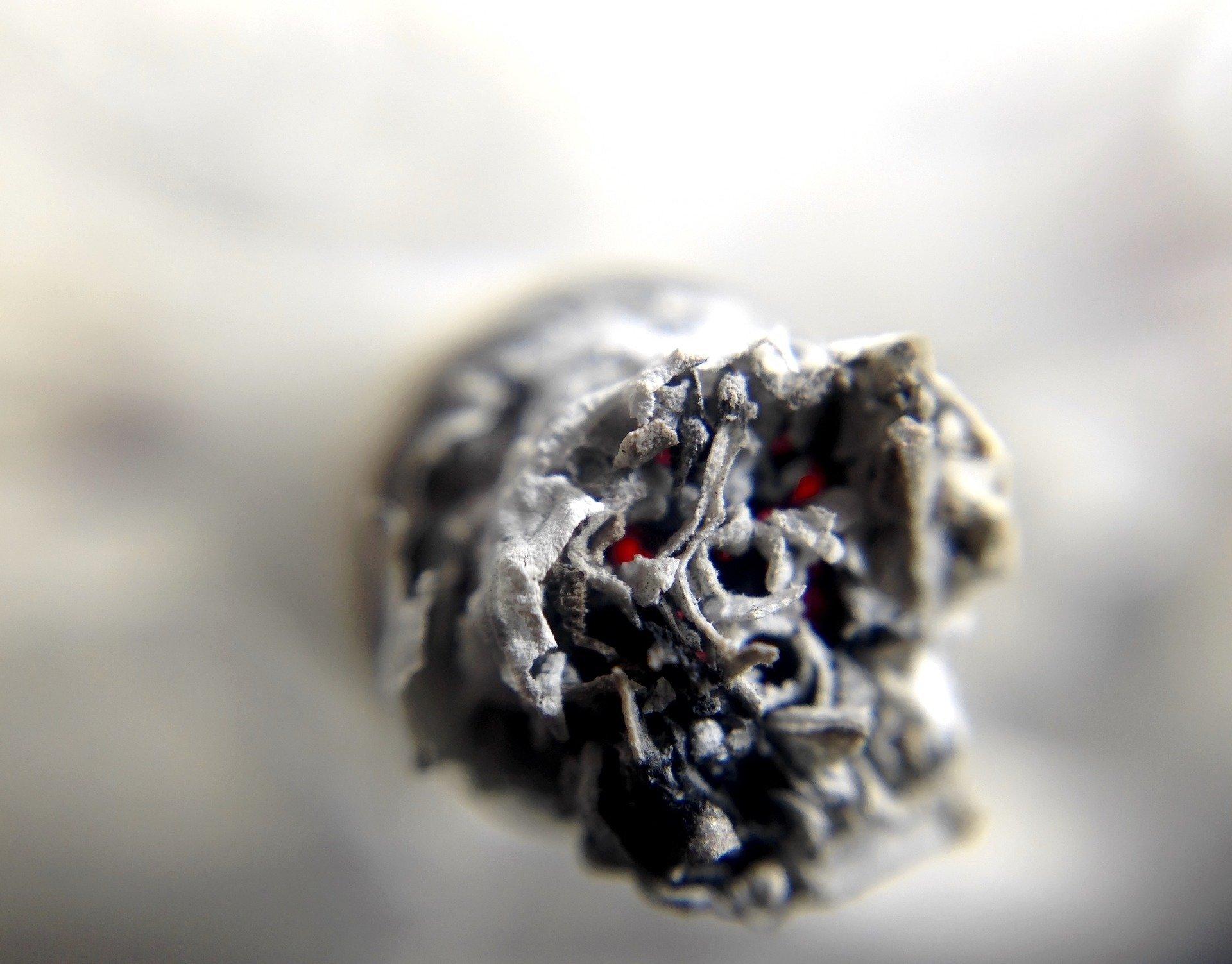 Hat das Rauchen von Marihuana verursachen Teenie-Verhalten-Probleme-oder Umgekehrt?