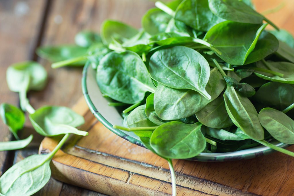 Volkskrankheit Fettleber: Grüne Blattgemüse wie Spinat und Rucola schützen vor Fettleber