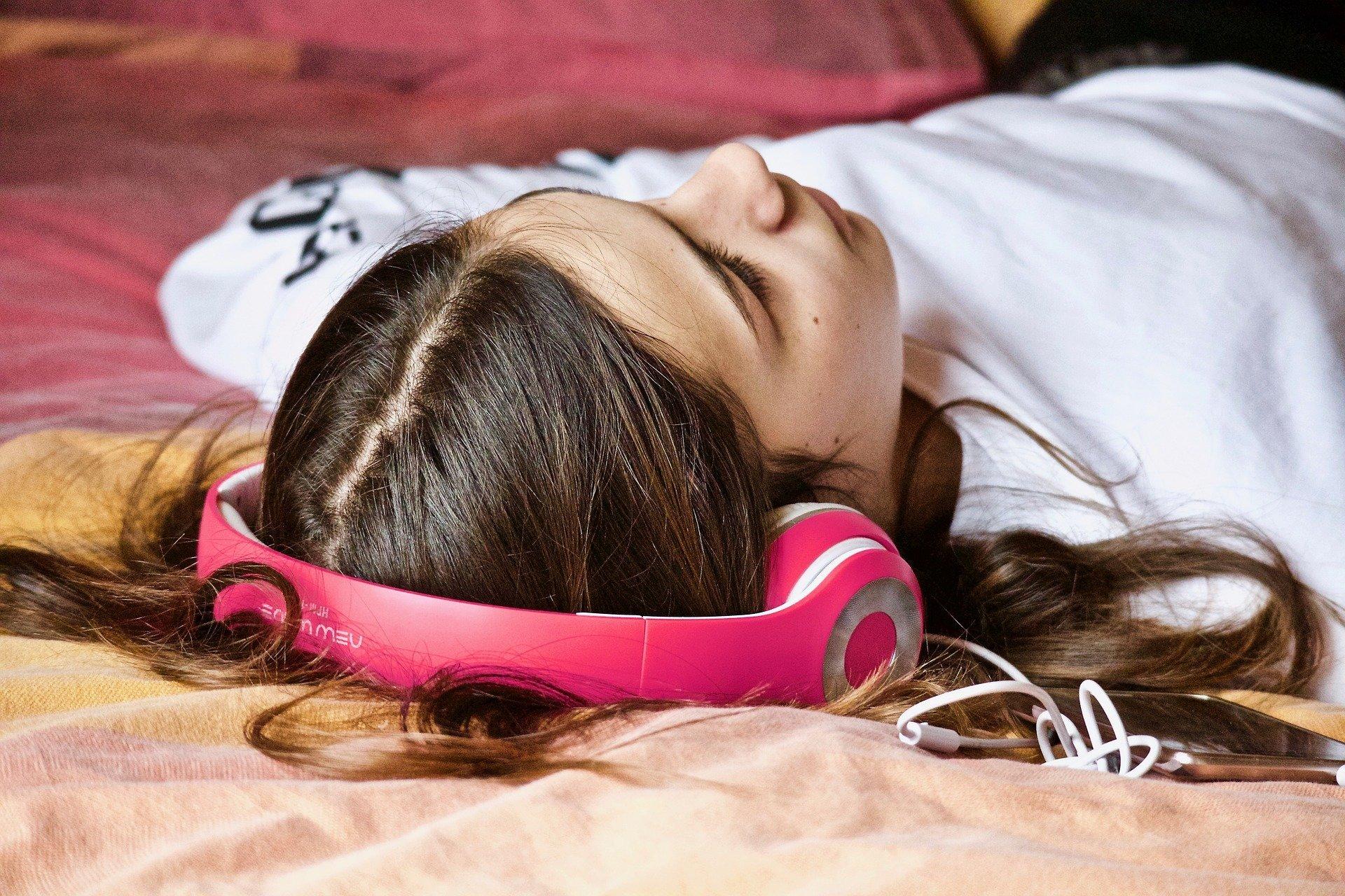 Durch den Einsatz von Technologie erklärt höchstens 0,4 Prozent der Jugendlichen das Wohlbefinden, neue Studie findet