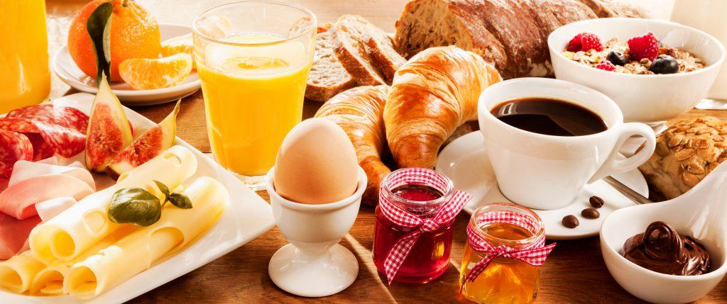 Neue Studie: Ohne Frühstück nehmen wir leichter ab!