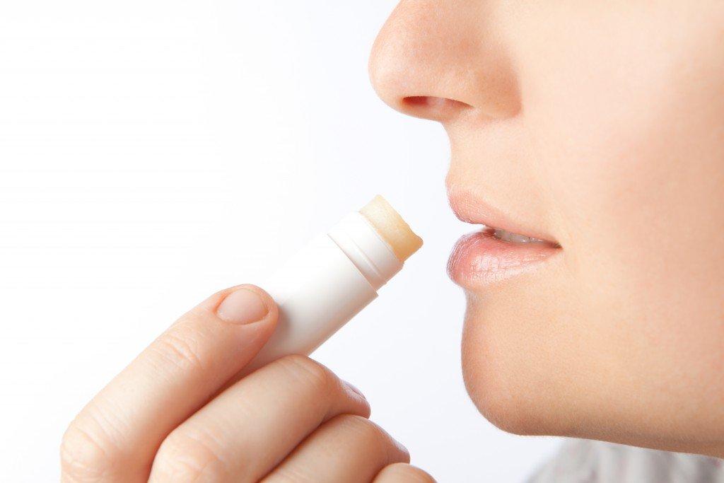 Tumorgefahr: In einer Vielzahl von Lippenpflegestiften sind auch krebserregende Stoffe enthalten