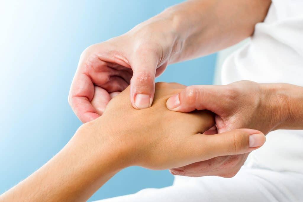 Neue Studie: Osteopathie hilft bei Säuglingen ohne Nebenwirkungen