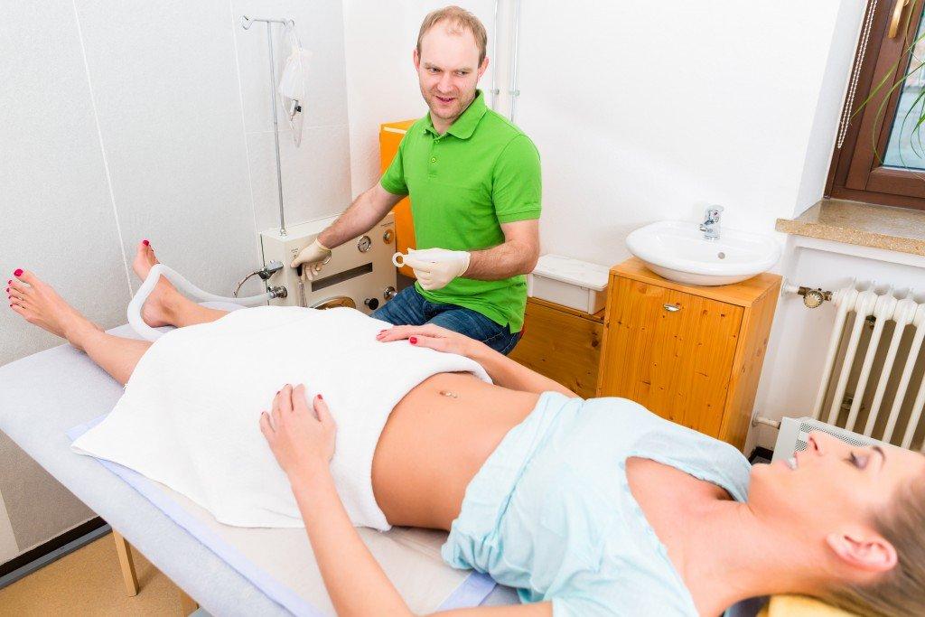 Natürliche Darmreinigung: Anleitung und Hausmittel