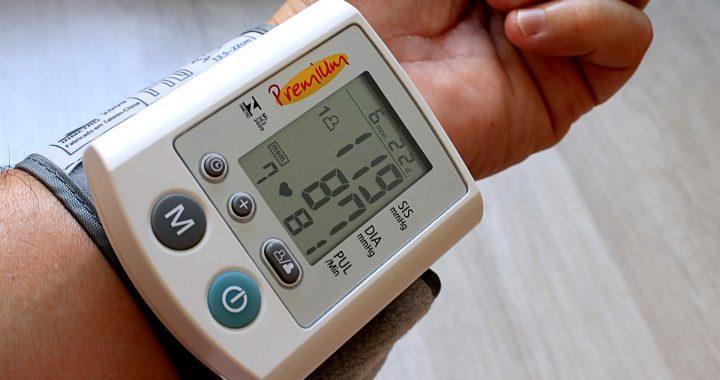 Die Senkung des Blutdrucks verhindert, dass die Verschlechterung Hirnschäden bei älteren