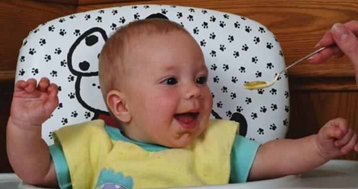 Entblößen baby, Lebensmittel Anfang kann helfen, zu verhindern Allergien