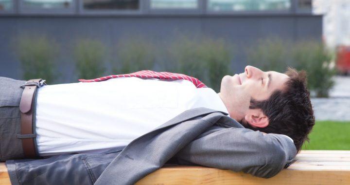 Studie: Mittagsschlaf senkt den Blutdruck wie niedrig dosierte Blutdruckmittel