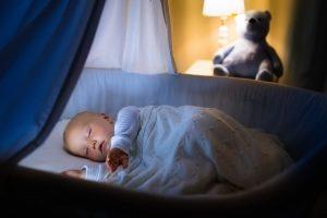 Die meisten Säuglinge sterben im Schlaf