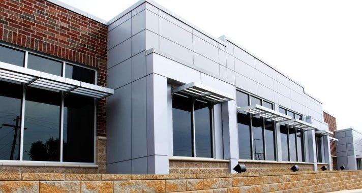 Ärzte der Bowen-Center geben, Vertrauen zurück zu IT-Mitarbeiter nach der neuen Netzwerk-Infrastruktur installiert