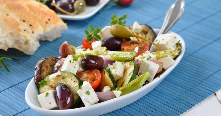 Abnehmen: Mediterrane Diät hält vom Überessen ab