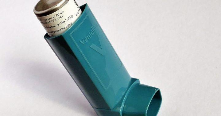 Patienten mit mild persistent asthma, geringer Auswurf eosinophilen reagieren gleich gut auf inhalative Kortikosteroide als placebo