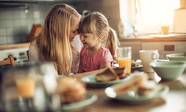 Martina ernährt ihre Kinder vegan: Mangel kompensiere ich mit Lutschtabletten und Zahnpasta