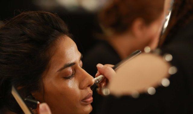 Warum Die Indischen Verbraucher Dont Care Viel Über Anti-Aging Hautpflege