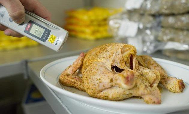 Klöckner will Lebensmittelkontrollen reduzieren – Verbraucherschützer entsetzt