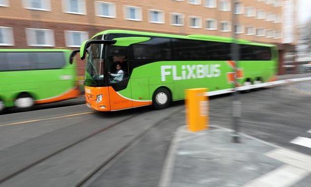 Flixbus: Baby kommt während Fahrt auf die Welt – und bekommt Geschenk