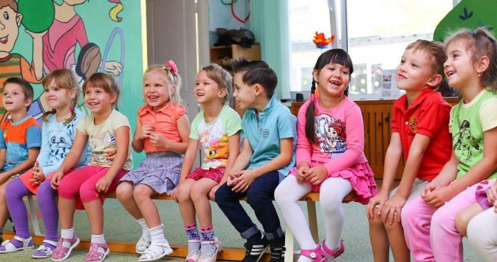 Unaufmerksamen Kinder verdienen weniger Geld bei 35