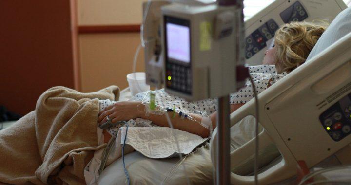 Herzklappen-Verfahren sicher für Patienten mit der häufigsten Herzfehler