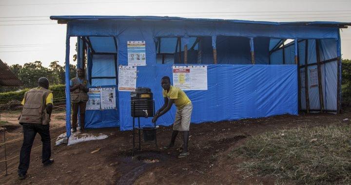 Kongo Pfarrer wahrscheinlich löste Ebola-Ausbruch Verbreitung in Uganda