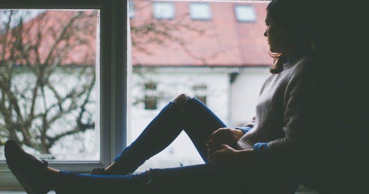 Erhöht in der Nutzung von social media und Fernsehen verbunden mit einem Anstieg der teen depression