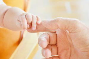 Wachstumsstörungen bei Frühgeborenen gebunden, die zu veränderten Darmbakterien
