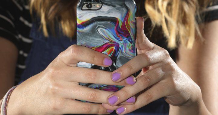 Mädchen berichten mehr Belästigung inmitten Anstieg der US-Cybermobbing