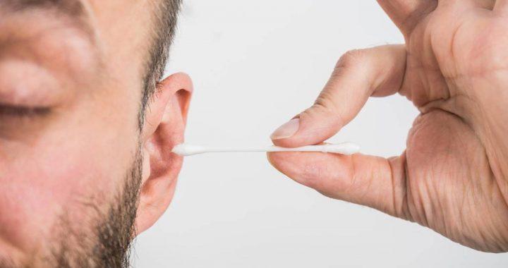 Gruselfund am Wattestäbchen: Die wahre Ursache für den Schwindel eines Mannes