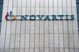 Novartis Augen give-away kostspielige Therapie für Babys