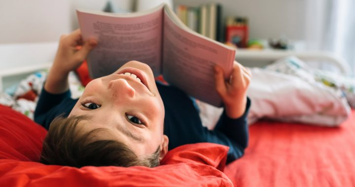 Bessere Schulnoten bei Kindern, die oft Bücher lesen