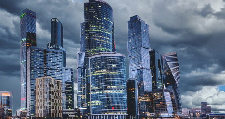 Moskauer Bürgermeister ordnet an, dass alle Bewohner zu Hause zu bleiben