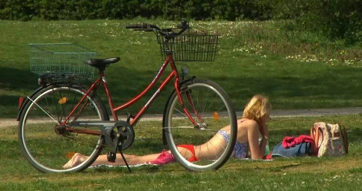 Warmes Wetter zu Ostern: Wie verbringen die Deutschen die Feiertage?