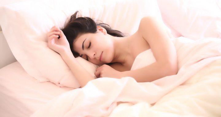 Wie zu schlafen, wenn Sie kann nicht aufhören zu denken über Corona-Virus: Experten geben Tipps