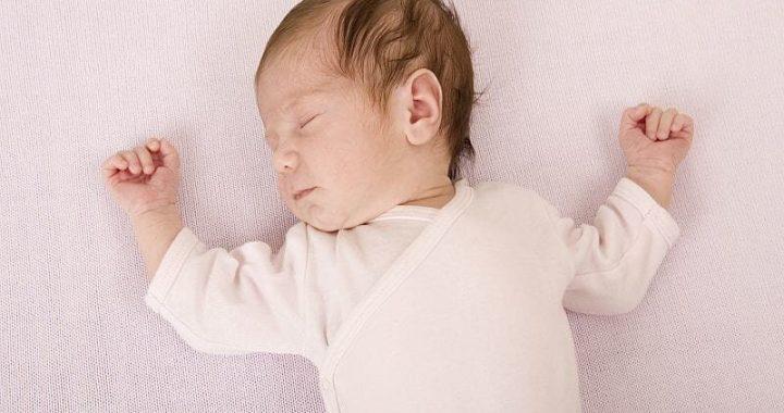 CDC sagt, test aller Neugeborenen von Müttern, die bestätigt, Verdacht auf COVID-19