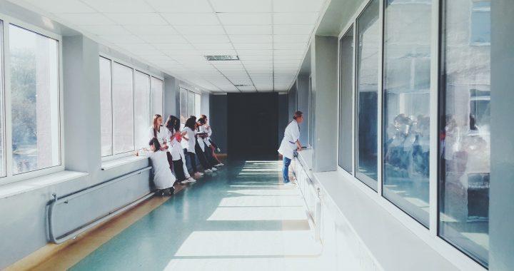 Wert-basierte Zahlungen unverhältnismäßig Auswirkungen Sicherheits-net Krankenhäuser
