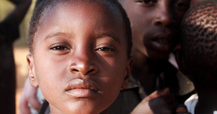 Straffung akuter Mangelernährung-Behandlung bringt die gleichen recovery bei Kindern bei niedrigeren Kosten