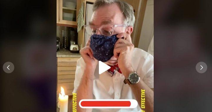 Eine Botschaft an alle Skeptiker: Moderator zeigt, warum Masken so wichtig sind